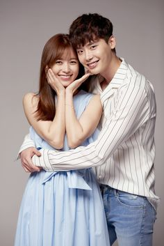 """W - two worlds"", Kang Chul (Lee Jong suk , Yeon Joo (Han Hyo Joo) Han Hyo Joo Lee Jong Suk, Lee Jung Suk, W Kdrama, Kdrama Actors, W Two Worlds, Between Two Worlds, Korean Celebrities, Korean Actors, Celebs"