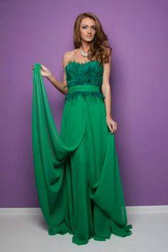 Model: Andreea Maftei