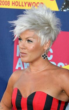 Short, spiky hairstyles are very popular with women because they can suit so many styles! Get inspiration for short spiky hairstyles. Short Spiky Hairstyles, Pretty Hairstyles, Hairstyles 2016, Spiky Short Hair, Singer Pink Hairstyles, Super Short Hair Cuts, Short Sassy Haircuts, Layered Hairstyle, Blonde Hairstyles