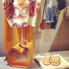 #sales #color #capri #sandals #jeans #margiela #bag #gold #love #519verona #verona  #shoponline 519web.it