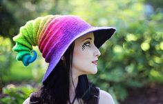 I want to MAKE this! Just so I can say I made one. Oooooh.... a challenge!!!  Rainbow Wizard Hat. Witch Hat. Felt Hat. Ren Faire Hat. Cosplay Hat. LARP