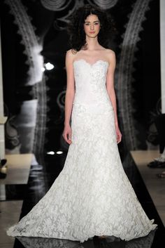 Reem Acra Bridal Spring 2014 - Slideshow - Runway, Fashion Week, Reviews and Slideshows - WWD.com