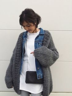 30 hottest winter outfits cold ideas to wear right now in 2020 Stylish Winter Outfits, Winter Fashion Outfits, Casual Outfits, Fashion Dresses, Cozy Fashion, Denim Fashion, Fashion Looks, Womens Fashion, Fashion Fashion