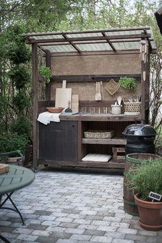 Outdoor Garden Sink, Outdoor Kitchen Patio, Outdoor Kitchen Design, Outdoor Rooms, Outdoor Gardens, Outdoor Living, Outdoor Decor, Rustic Outdoor Kitchens, Outdoor Sinks