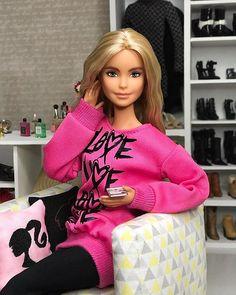 Barbie Model, Barbie I, Barbie World, Barbie And Ken, Bratz Doll Outfits, Doll Clothes Barbie, Barbie Summer, Barbie Fashionista Dolls, Barbie Family