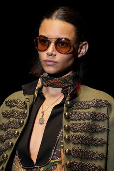 Gucci | Spring 2015 Ready-to-Wear Collection | Style.com #Binx