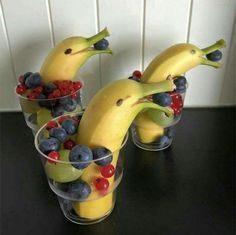 Dolphin Snacks for Everyone! What a cute idea from a shared post to the Marco Island Patriot's page by Kim Hagmayer. These cute dolphin snacks are sure to be a hit with the kiddos and adults as well! Fruit Creations, Food Art For Kids, Food For Children, Party Food For Kids, Parties Kids, Food Carving, Food Decoration, Food Platters, Food Crafts