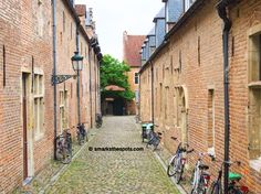The best spots to eat, drink, shop and have fun in Leuven, Belgium!