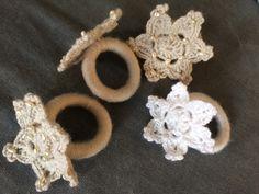 Christmas napkin rings crochet. Snowflakes