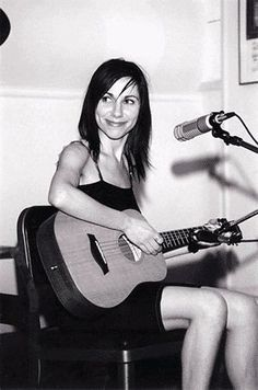 PJ Harvey -- I love to see my favorite artists smile. :-)