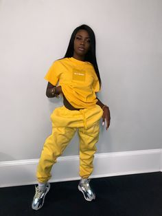 Streetwear Fashion trends and outfits for sale Baddie Outfits Casual, Cute Swag Outfits, Chill Outfits, Dope Outfits, Trendy Outfits, Fashion Outfits, Fall Tomboy Outfits, Fashion Trends, Black Girl Fashion