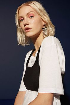 Fashion Gone rouge Fashion Gone Rouge, Fashion Beauty, Net Fashion, Bra Tops, Editorial Fashion, Makeup Looks, Cool Hairstyles, Street Wear, Fashion Photography