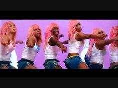Nicki Minaj - Super Bass Official Music Video
