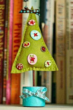 Me encanta este pequeño árbol de fieltro