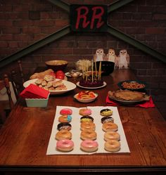 Twin Peaks Party - so many great decorating ideas!