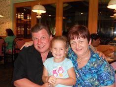 Julia, Mima and Grandpa Cal