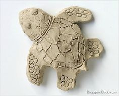 Sea Turtle Clay Art | AllFreeKidsCrafts.com