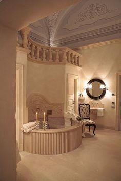 PALAZZO GATTINI LUXURY HOTEL  UN HOTEL DI CHARME IN UN PALAZZO DEL '500  MATERA / ITALY / 2000
