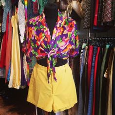 Perfect combo for summer - Levi high waisted shorts (£14 uk size 8-10) with cropped floral blouse (£15 uk size 10) #summer #spring #combo #floral #flower #colourful #blouse #top #shirt #cropped #yellow #shorts #levi #designer #highwaisted #vacation #holidays #sun #vintage #retro #style #fashion #trend #vintageguruscotland #byresroad #instagram #twitter