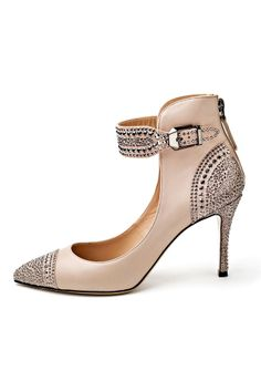 www.valentino.com, Valentino, bride, bridal, wedding, wedding shoes, bridal shoes, haute couture, luxury shoes, haute couture