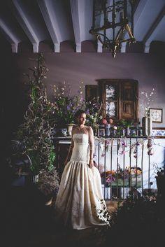 YolanCris brides  Martta + Víctor  #YolanCris #realbrides #realweddings #bridestyle #greenhousewedding #greenhousevenue #venue #weddingvenue #weddingideas #weddinginspiration #spring #springwedding #flowers