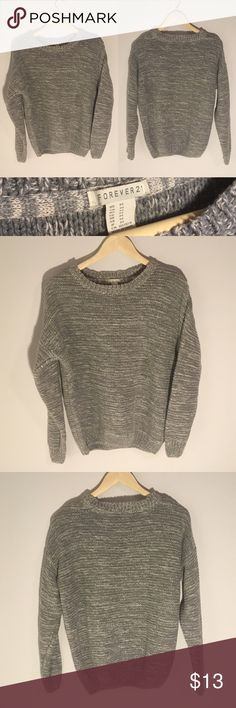 NWOT F21 Chunky Grey Marbled Sweater Size M This chunky knit sweater from Forever21 has never been worn! Keep warm in style this winter. The marbled color gives it some dimension. Women's size M. Let me know if you have any questions! 😊 Forever 21 Sweaters Crew & Scoop Necks