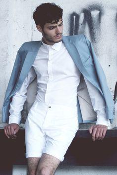 Gay Fashion - Gay Style Fashion Look Book Mens Fashion Suits, Boy Fashion, Fashion Looks, Fashion Outfits, Fashion Trends, Fashion Menswear, Style Fashion, Male Models, Sexy Men