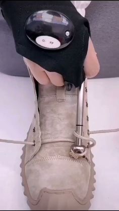 How To Tie Shoes, How To Make Bows, Make And Sell, Tap Shoes, Dance Shoes, Tie Shoelaces, Nike Air Force Ones, Clothing Hacks, Trending Videos