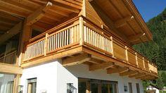 Zimmerei Tirol - Balkonbau Tiroler Holzhaus Silz