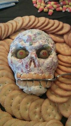 Pin for Later: spooky halloween food. Skull Cheese Ball // Choose your favorite cheese ball recipe, and form it into a skull for a Halloween party. Halloween Party Snacks, Spooky Halloween, Comida De Halloween Ideas, Hallowen Food, Halloween Party Themes, Halloween Dinner, Halloween Desserts, Halloween Cupcakes, Halloween Birthday