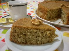 Torta de nuez Bolos Light, Doce Light, Sweet Pastries, Almond Cakes, Piece Of Cakes, Cakes And More, No Bake Desserts, Banana Bread, Cake Recipes