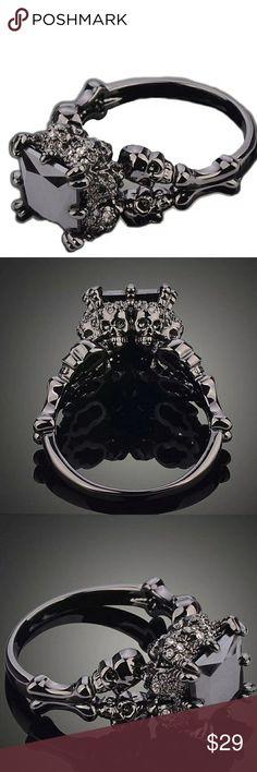 5698 OLD PAWN  Sterling Silver Filigree Leaf Link w LIGHT BLUE stones Bracelet