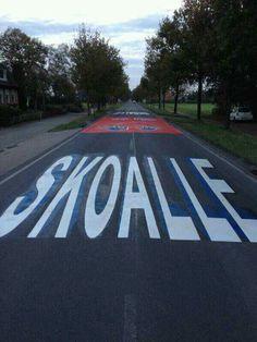 Bij onze School (kanschool) Jubbega, Friesland. met ontwerp van de kinderen