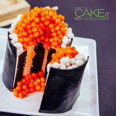 how to make amazing looking sushi cake! Sushi Cake, Sushi Party, Fried Soft Shell Crab, Powdered Food Coloring, Jelly Roll Cake, Candy Sushi, Cake Roll Recipes, Best Cake Ever, How To Make Sushi