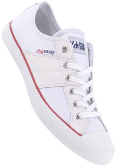 Converse Women's Chuck Taylor All-Star Canvas. Who says a woman has to wear masculine Chucks? http://www.recoram.com