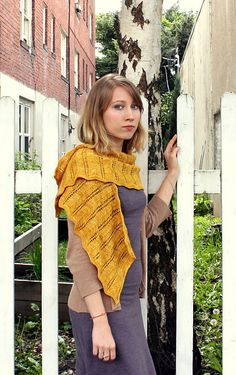 Ravelry: Chic Chevron Shawlette pattern by Annette Caughman