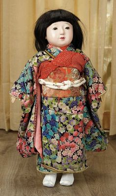 Sanctuary: A Marquis Cataloged Auction of Antique Dolls - March 19, 2016: Japanese Paper Mache Ichimatsu Doll in Original Costume