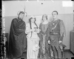 A group photo of performers in the WMAQ radio concerts, wearing costumes, December 6, 1924, Chicago Illinois. Photograph by Chicago Daily News, Inc. DN-078367