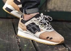 Woei x Asics Gel Lyte III 'Cervidae' - 2012 (by kevykev) A quality pair of shoe trees by Sole Trees are a perfect fit for your sneakers New Sneakers, Sneakers Fashion, Snicker Shoes, Baskets, Marathon, Streetwear, Asics Gel Lyte Iii, Fresh Shoes, Shoe Tree