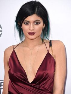 The Jenner-Kardashian clan are nothing if not trendsetters (whether you like them or not). The youngest sister, 17-year-old Kylie Jenner, stunned with red-brown lips and her infamous exaggerated lipline; the color was a nearly perfect match for her plunging dress.   www.claritybeauty.com