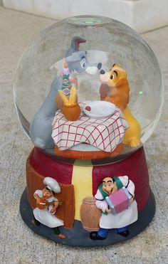 2001 Pixar Disney Lady And The Tramp Snow Globe -