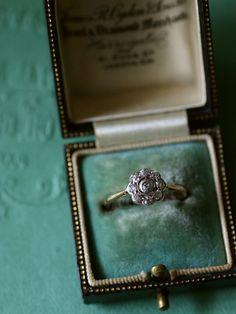 アンティークダイヤモンドリング イギリス