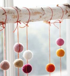 mommo design: Decorating with pom poms