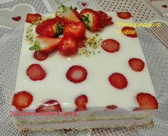 Fragole - Frutta di aprile #matteincucina #dolciconlefragole #fragole  #torte #muffin #dlcialcucchiaio #marmellate #raccoltadidolci