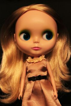 Blythe Doll: are these creepy? I can't decide.
