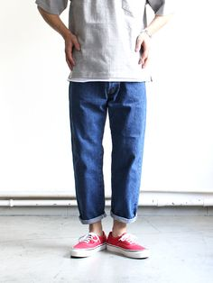 Loose Pants Outfit, Summer Outfits, Casual Outfits, Gq Style, Fashion Vintage, Denim Pants, Style Guides, Cloths, Normcore