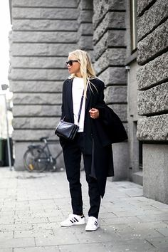 shoes, outfits, sporty chic, fashion, style, sneaker, black white, sporti chic, victoria törnegren