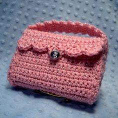 Crochet little purse. free crochet pattern