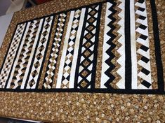 Black, brown and white Seminole quilt, 58 inches by 83 inches. All cotton. Patchwork Patterns, Patchwork Bags, Quilt Block Patterns, Pattern Blocks, Quilt Blocks, Quilting Projects, Quilting Designs, Quilt Design, Seminole Patchwork
