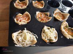 [Food] Toastis – Mumshappylife – Von Puderzucker und Babypuder Griddle Pan, Food, Sandwich Loaf, Grated Cheese, Delicious Snacks, Ham, Meal, Food And Drinks, Eten
